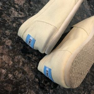 Toms Shoes - Toms Natural Canvas Slip Ons